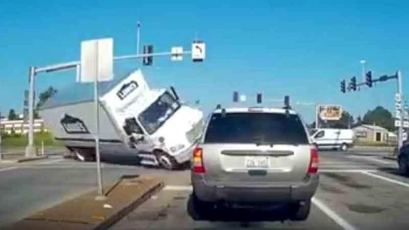 Göz göre göre yaşanan kazalar...