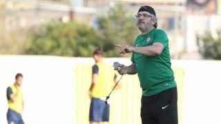 Atiker Konyaspor, teknik direktör Akçay ile yollarını ayırdı