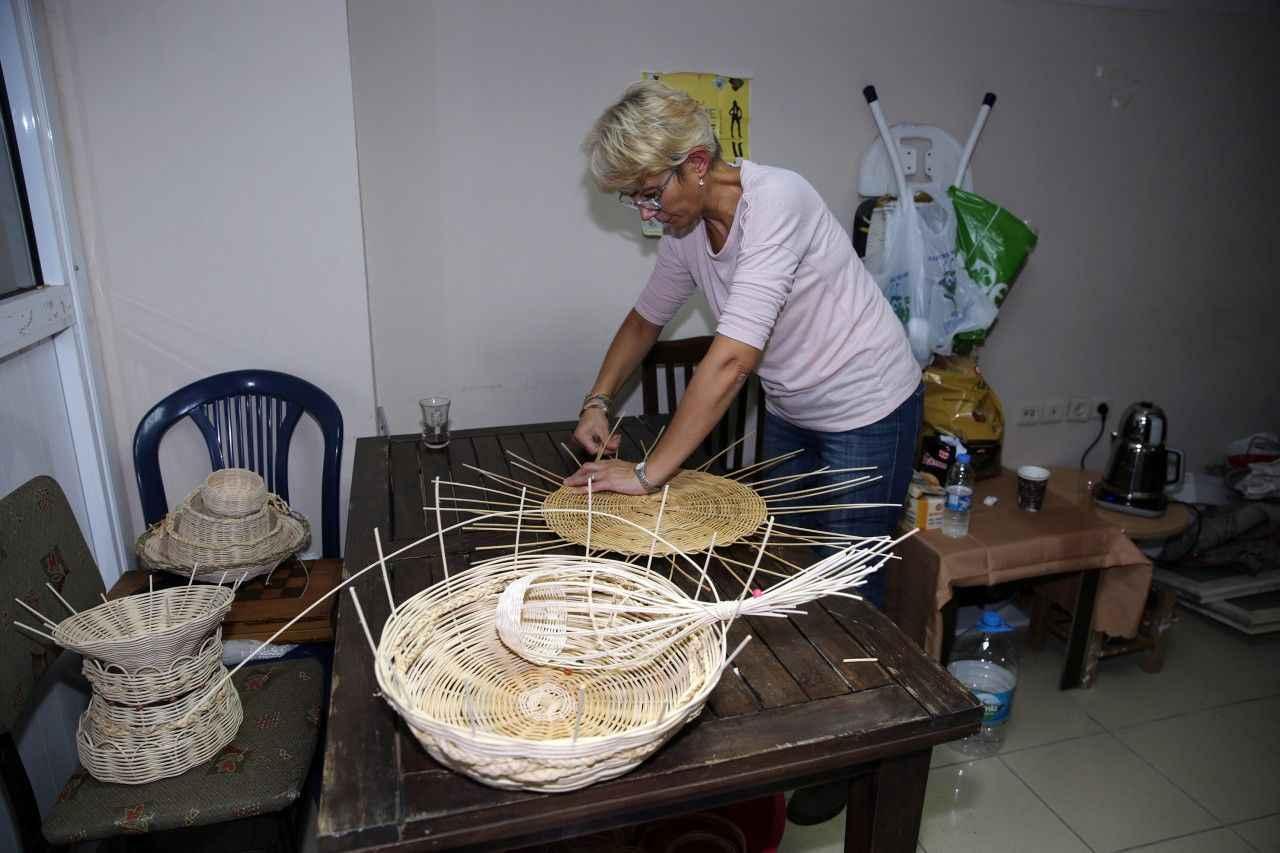 Rize'de Sepet Örücülüğü Geleneği Yaşatılıyor ile ilgili görsel sonucu