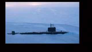 İngiltere'den Rusya'ya 'soğuk' mesaj: Nükleer denizaltı buzları kırdı, yüzeye çıktı!