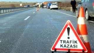 Feci kaza! Araç yuvarlandı, aynı aileden 5 kişi öldü